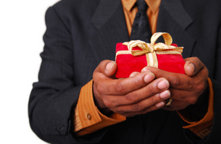 Giving is an important idea for successful print industry negotiation